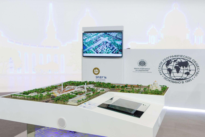 Петровский док – открыт для участников ПМЭФ